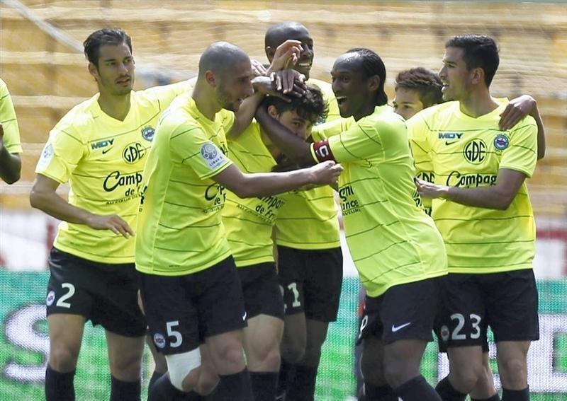 La joie des Caennais après l'ouverture du score de Romain Poyet